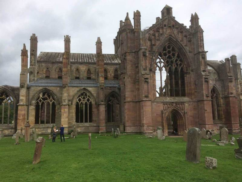 Melrose-Abbey-front-view