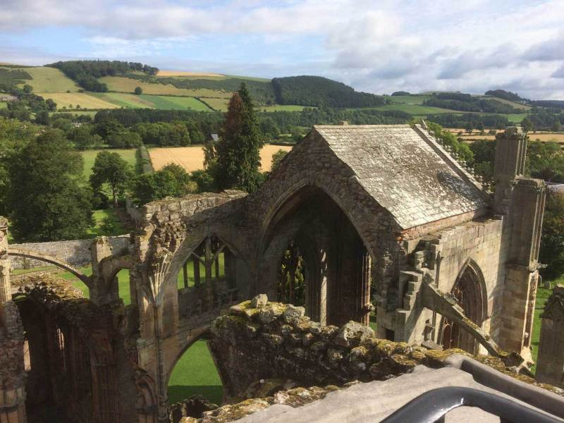 Melrose-Abbey-rooftop