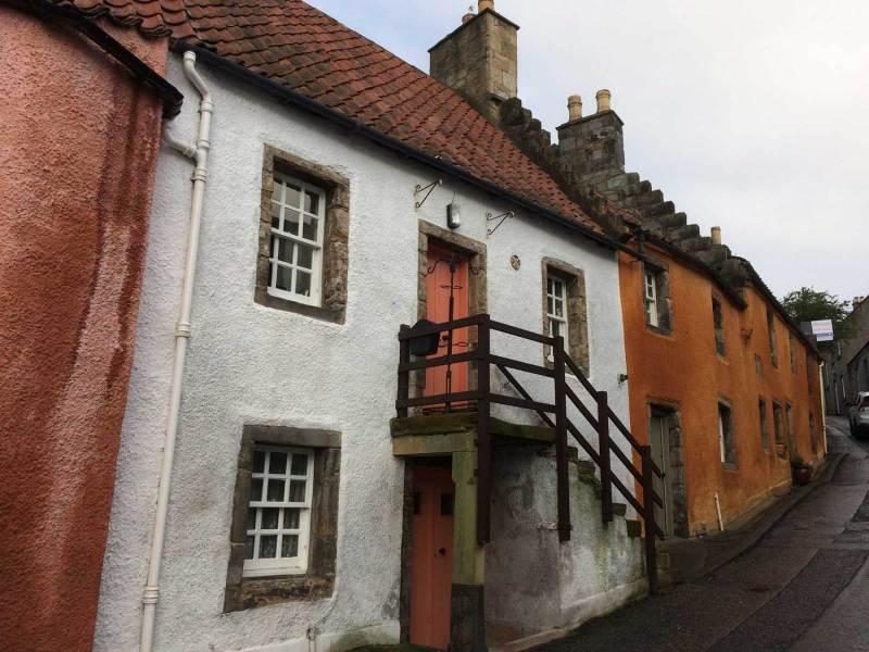 Culross-street