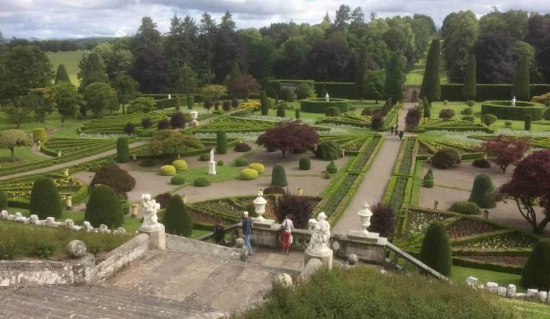 Drummond-Castle