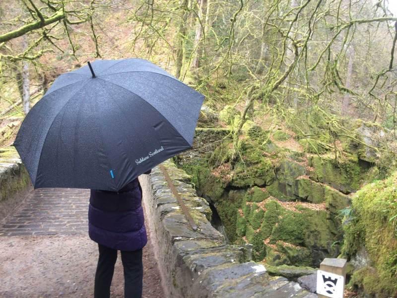 Raining-The-Hermitage