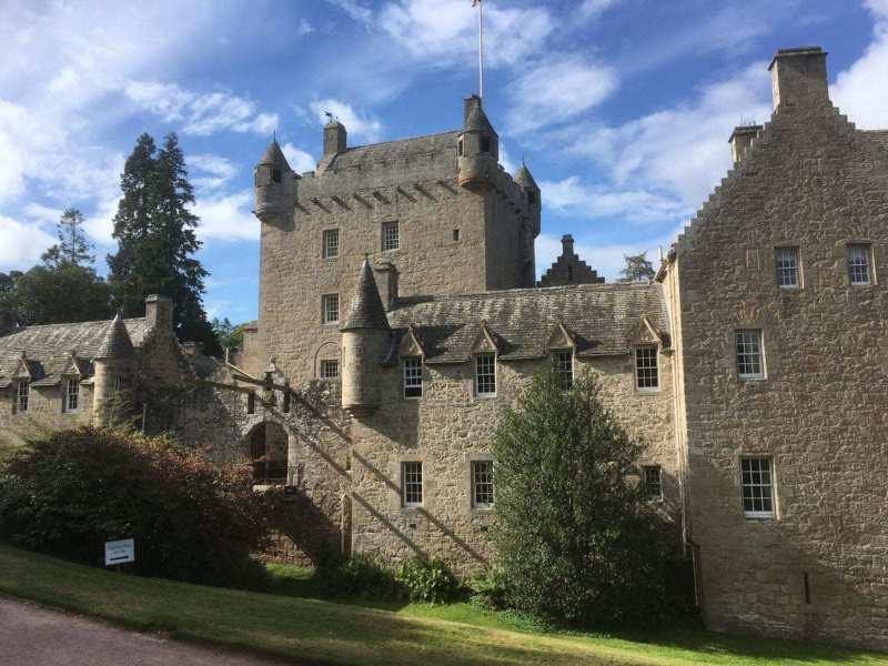 Cawdor-Castle-scaled