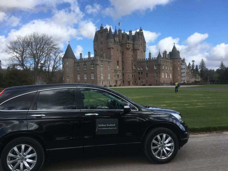 Glamis-Castle-scaled