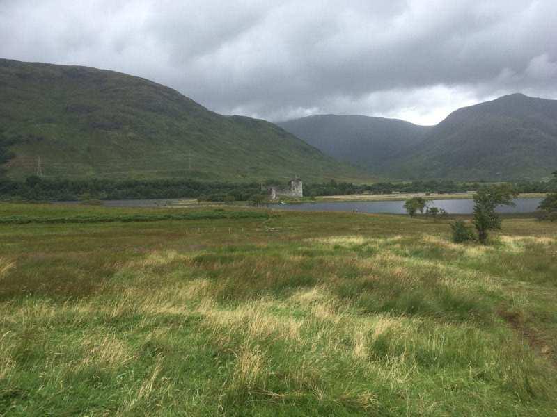 Kilchurn-Castle-Loch-Awe-scaled