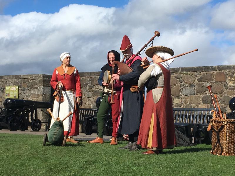 Stirling-Castle-musicians